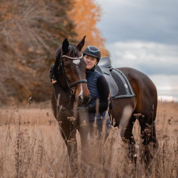 Fotosessioon hobusega